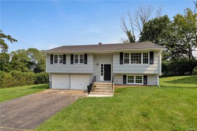 Monroe Single Family Home For Sale: 125 Hilltop Road