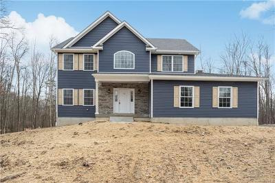 Middletown Single Family Home For Sale: 175 Elise Drive
