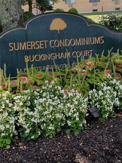 Pomona Condo/Townhouse For Sale: 36 Buckingham Court