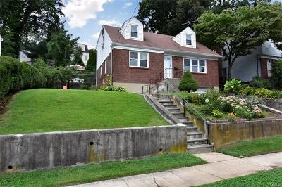 Yonkers Single Family Home For Sale: 173 Rockne Road