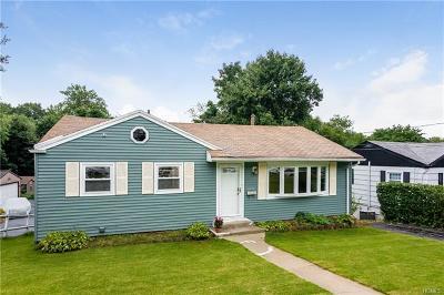 Peekskill Single Family Home For Sale: 1117 Frost Lane
