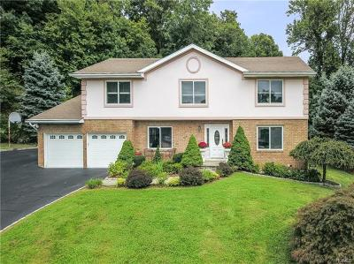 Thornwood Single Family Home For Sale: 156 Rolling Hills Road