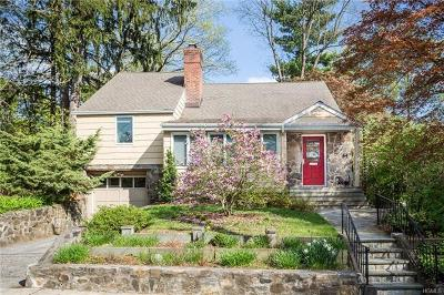 Croton-On-Hudson Single Family Home For Sale: 44 Sunset Drive