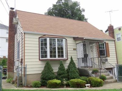 Yonkers Single Family Home For Sale: 179 Morsemere Avenue