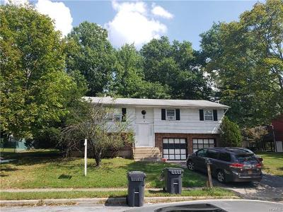 Single Family Home For Sale: 18 Mosier Court