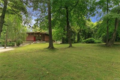 Armonk Single Family Home For Sale: 7 Evan Place