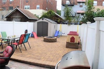 Bronx Single Family Home For Sale: 857 Vincent Avenue