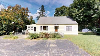 Pleasant Valley NY Single Family Home For Sale: $214,999