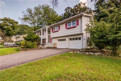 Blauvelt NY Single Family Home For Sale: $430,000