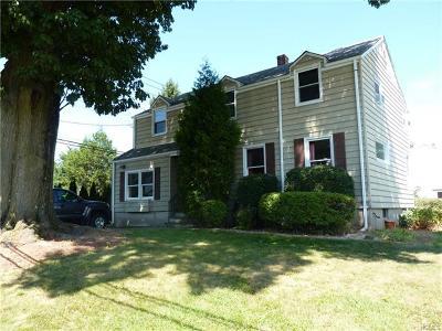 Yonkers Single Family Home For Sale: 209 Jennifer Lane