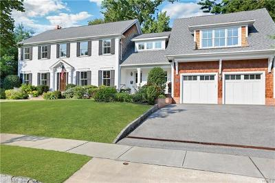 Larchmont Single Family Home For Sale: 11 Harmony Drive