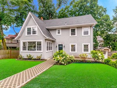 Yonkers Single Family Home For Sale: 79 Ridge Drive