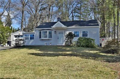 Pearl River Single Family Home For Sale: 150 Railroad Avenue