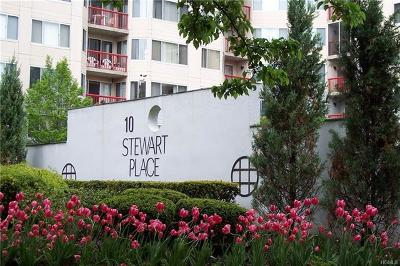 White Plains Condo/Townhouse For Sale: 10 Stewart Place #3BW