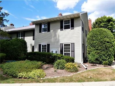 Warwick Condo/Townhouse For Sale: 39 Homestead Village Drive