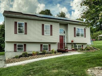 Marlboro Single Family Home For Sale: 25 Pioneer Road