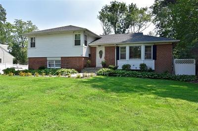White Plains Single Family Home For Sale: 2 Sammis Lane