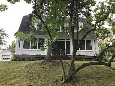 New Rochelle Single Family Home For Sale: 9 Meadow Lane