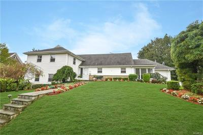 New Rochelle Single Family Home For Sale: 110 Harding Drive