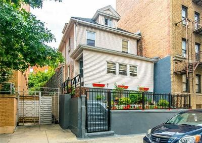 Bronx Single Family Home For Sale: 2311 Andrews Avenue North