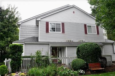 Warwick Condo/Townhouse For Sale: 45 Magnolia Lane
