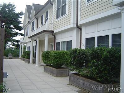 New Rochelle Condo/Townhouse For Sale: 526 Pelham Road #2