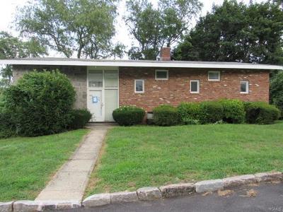 White Plains Single Family Home For Sale: 58 Oliver Avenue