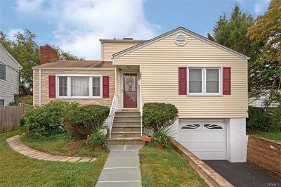 Single Family Home Sold: 119 Neuton Avenue