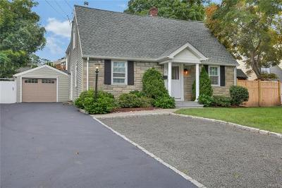 Connecticut Single Family Home For Sale: 19 Riverside Lane