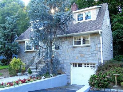 Scarsdale Single Family Home For Sale: 22 Dogwood Drive