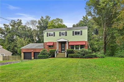 Westchester County Single Family Home For Sale: 8 Concord Drive