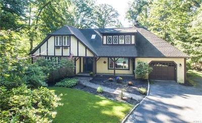 Croton-On-Hudson Single Family Home For Sale: 2102 Quaker Ridge Road