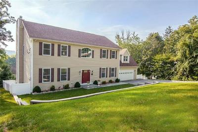 Thornwood Single Family Home For Sale: 18 Cottage Grove