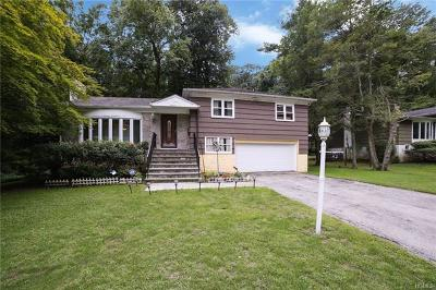 Hartsdale Single Family Home For Sale: 42 Dalewood Drive