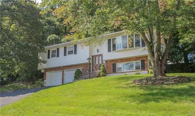 Rockland County Single Family Home For Sale: 9 Phyllis Circle