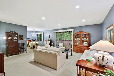 Yorktown Heights Condo/Townhouse For Sale: 90 Molly Pitcher Lane #I