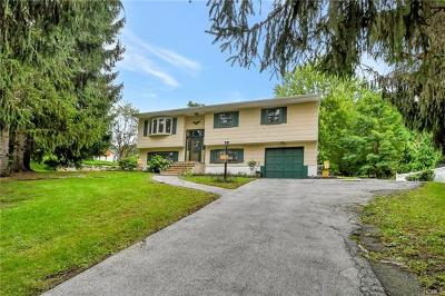 Monroe Single Family Home For Sale: 3 Hawthorne Drive