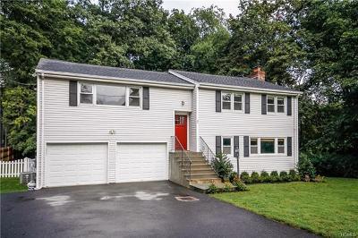 Connecticut Single Family Home For Sale: 35 Sachem Road