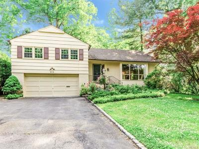 Westchester County Single Family Home For Sale: 215 Douglas Place