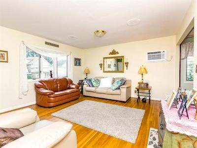 Yonkers Single Family Home For Sale: 361 Upland Avenue
