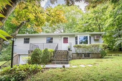 Croton-On-Hudson Single Family Home For Sale: 3 Wood Road
