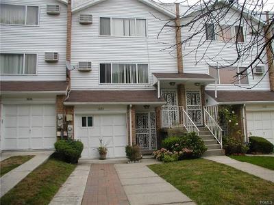 Bronx NY Multi Family 2-4 For Sale: $580,000