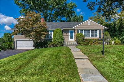 New Rochelle Single Family Home For Sale: 19 Hayhurst Road