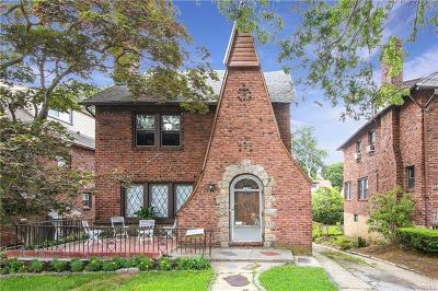 Yonkers NY Single Family Home For Sale: $569,000