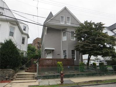 Yonkers Single Family Home For Sale: 38 Elinor Place