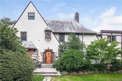 New Rochelle Single Family Home For Sale: 41 Trenor Drive