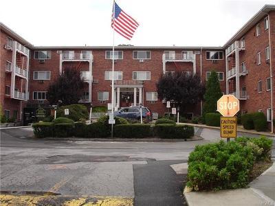 New Rochelle Co-Operative For Sale: 838 Pelhamdale Avenue #2N