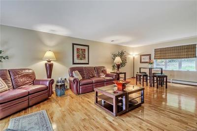 Highland Single Family Home For Sale: 4 Lincoln Court