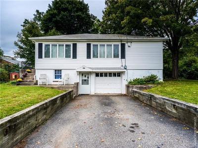 Greenwood Lake Single Family Home For Sale: 46 Lake Drive