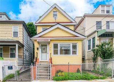 Bronx Single Family Home For Sale: 833 East 224th Street
